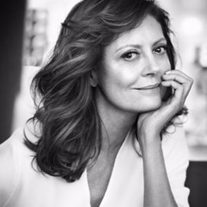 "Susan Sarandon is the face of L""Oreal Age Perfect - and she loves lash extensions!"